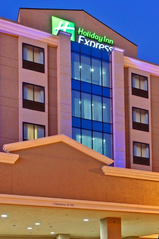 Holiday Inn Express LAX